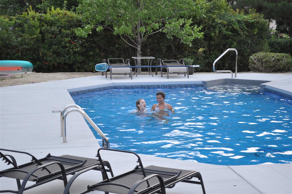 Grecian pool
