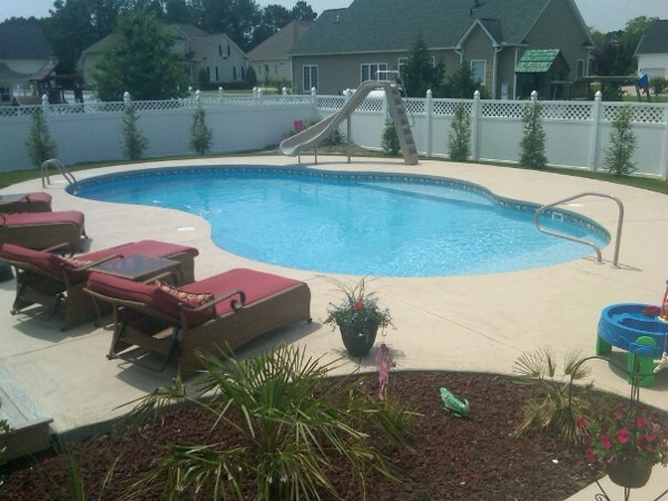 20 X 40 Oasis with In-pool Bench Seat, Princess Deck and Steps. Cool Deck Coarting