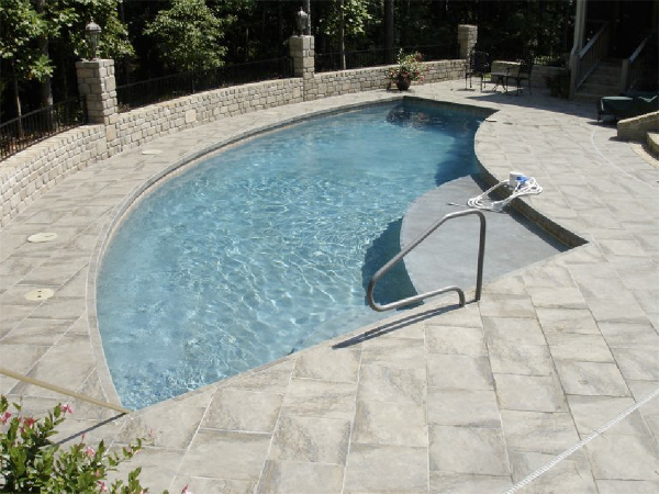 Tanning Ledge with Paver Deck