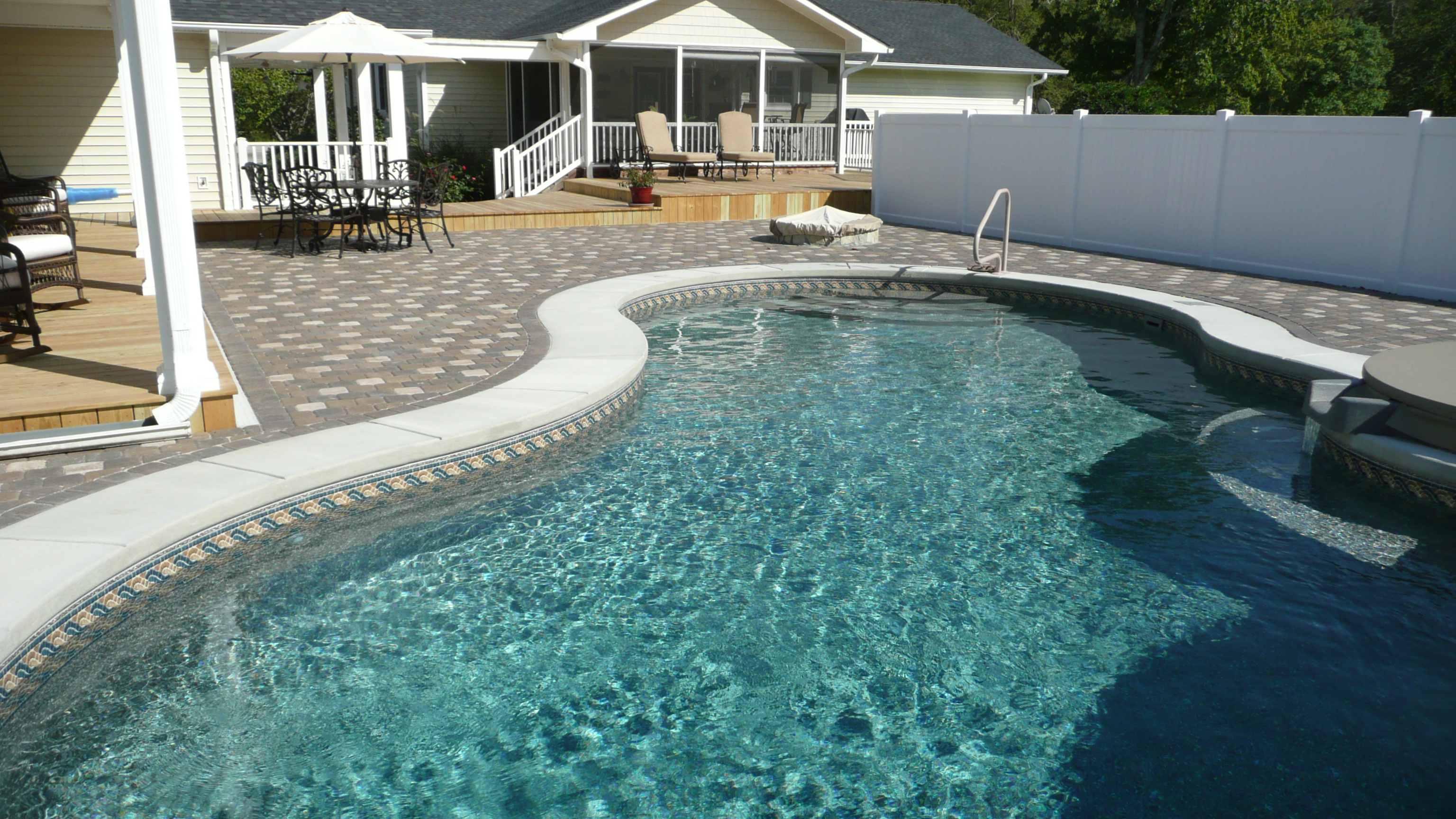 Vinyl Liner Pool with Paver Deck