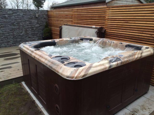 Hot Tub 8